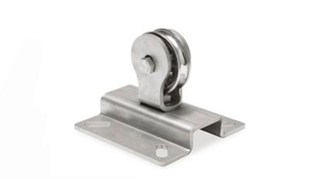 Staffa-piana-con-carrucula-verticale